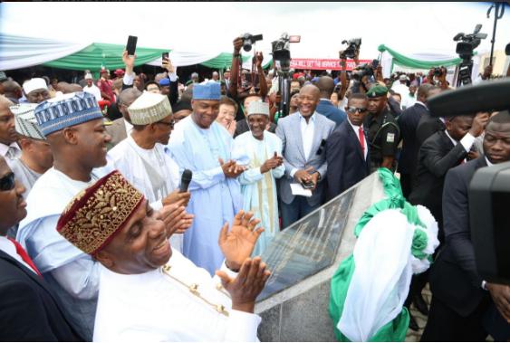 Buhari-commissions-Abuja-Kaduna-rail