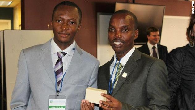 Génie-créateur : 2 étudiants africains créent un savon anti-palustre