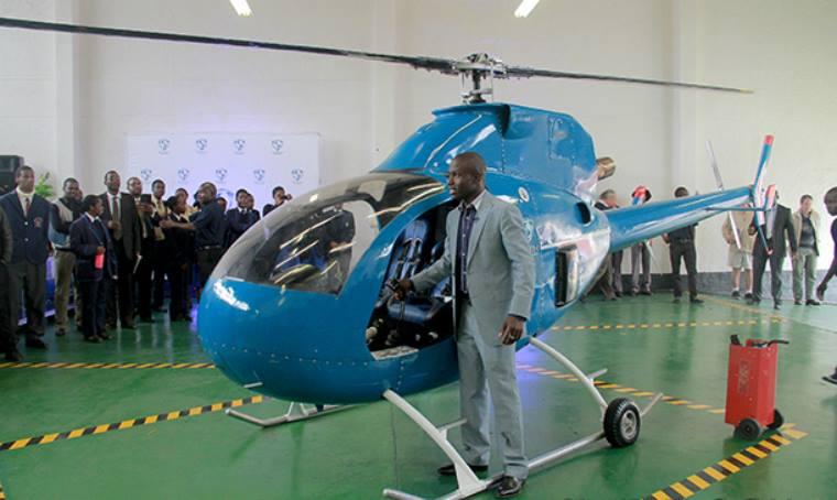 Sangulani Chikumbutso, l'entrepreneur et concepteur zimbabwéen a dévoilé une série de nouveaux prototypes