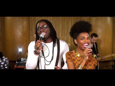 Découverte du superbe duo Gwen & Tiana souriant, optimiste qui fait la fierté de l'Afrique(clip)