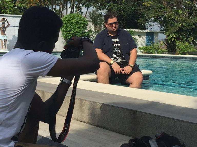 Rencontre avec Alexandre Branger 24 ans franco-ivoirien fondateur du populaire Code Barre à Abidjan