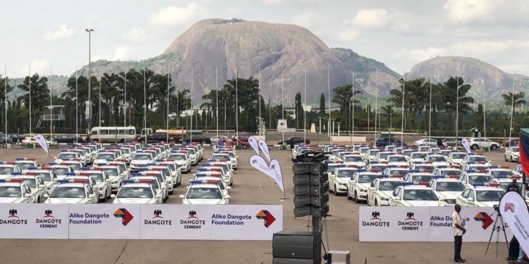 Dangote offre 150 véhicules à la Police Nigériane
